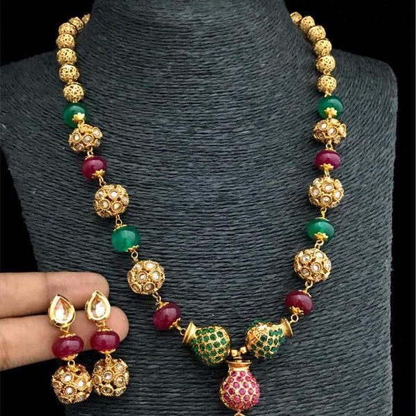Artificial Pendant Necklace Set