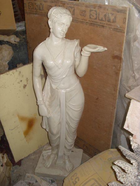 Fiber Statue 04