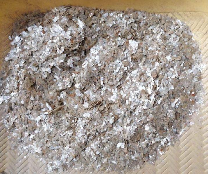 Natural Mica Flakes