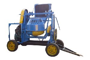 Concrete Mixer with Mechanical Hooper